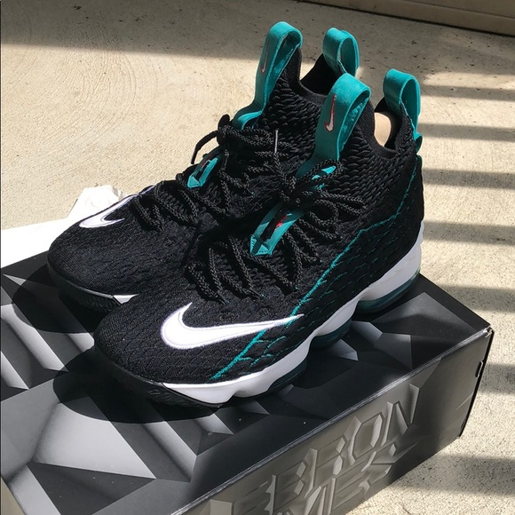 """low priced 0381f d2449 Lebron 15 """"Griffey"""""""